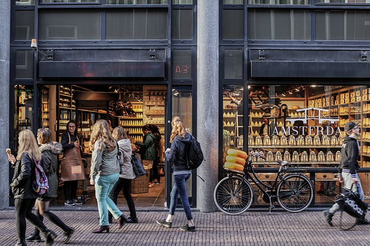 ©studiomfd, store, design, creative store, cheese, amsterdam, old amsterdam, outside, AMSTERDAM CHEESE STORE (www.studiomfd.com)