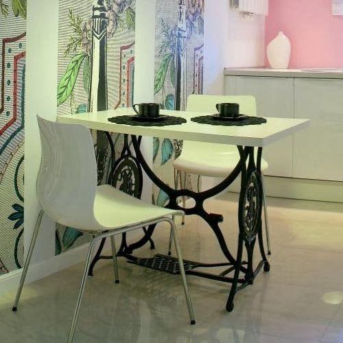 the 25+ best machine a coudre singer ideas on pinterest | tables à