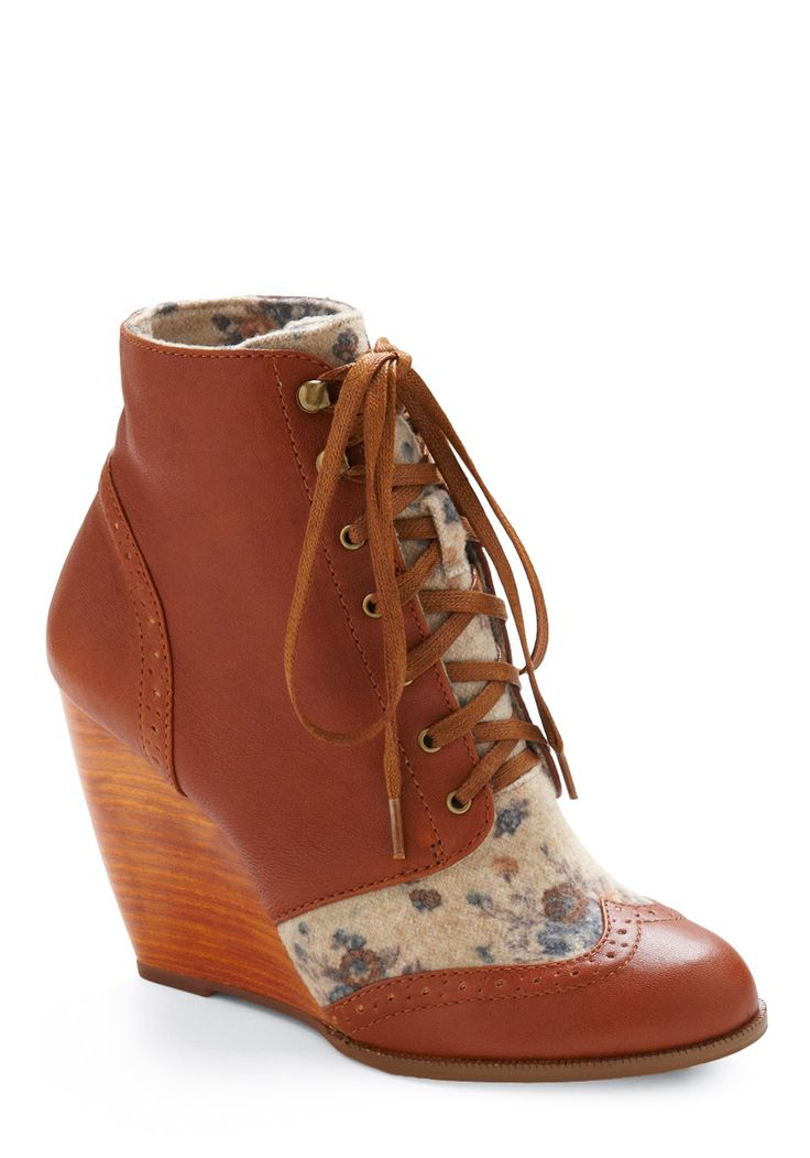 Vintage and a wedge! http://www.modcloth.com/Modcloth/Womens/Shoes/Wedges/-Dictionary-and-Diary-Wedge