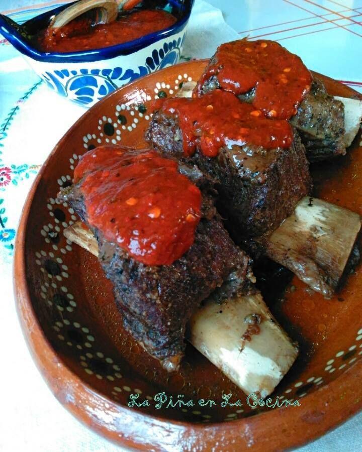 Beef Short Ribs With Toasted Chile de Arbol Salsa. Costillas de Ternera.