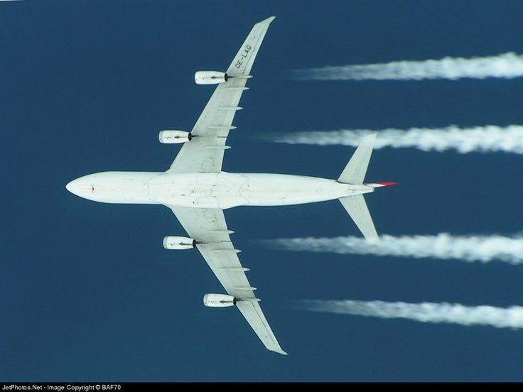 Austrian Airlines Airbus A340-212