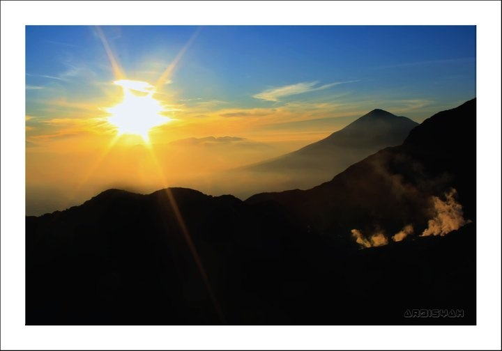 Sunrise Gunung Papandayan