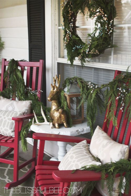 A Farmhouse Christmas Ideas For The House Porch Outdoor Decorations