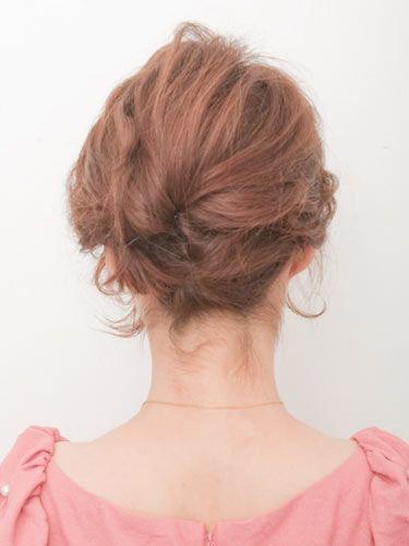 結婚式・二次会の自分でできる髪型の手順付ショートヘアアップ編   Dressy 自分でできる髪型 ショートヘア夜会巻きアップスタイル1-3