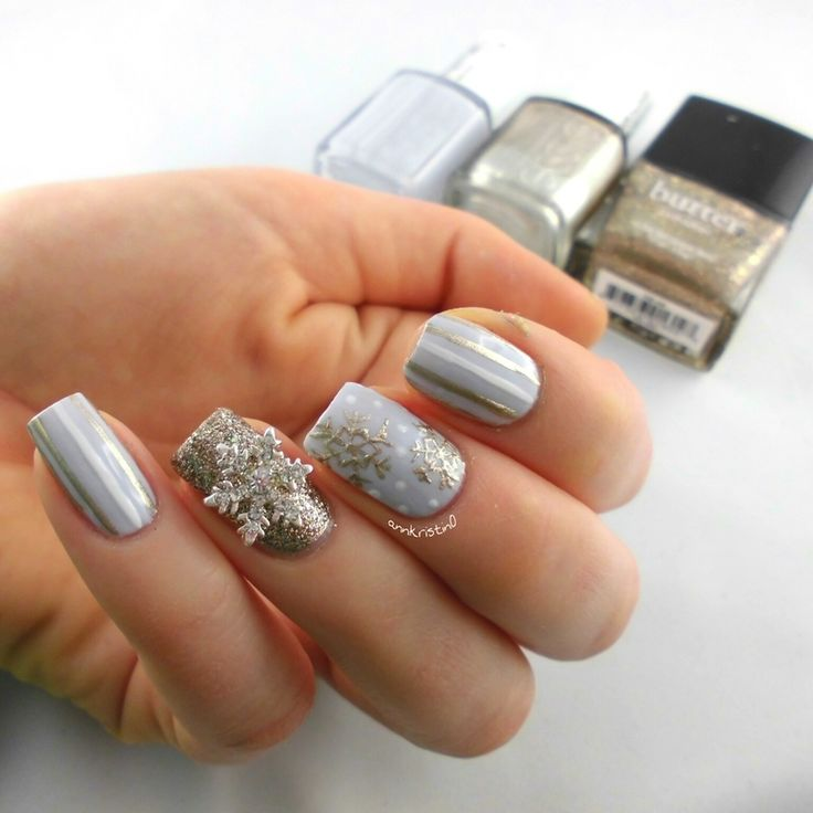 Best 25+ Snowflake nail art ideas on Pinterest | Christmas ...