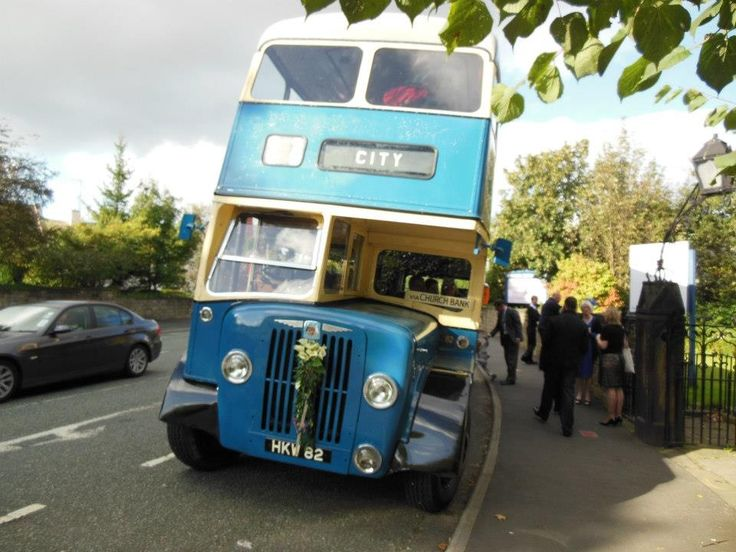 Big blue vintage bus from Yesteryear cars
