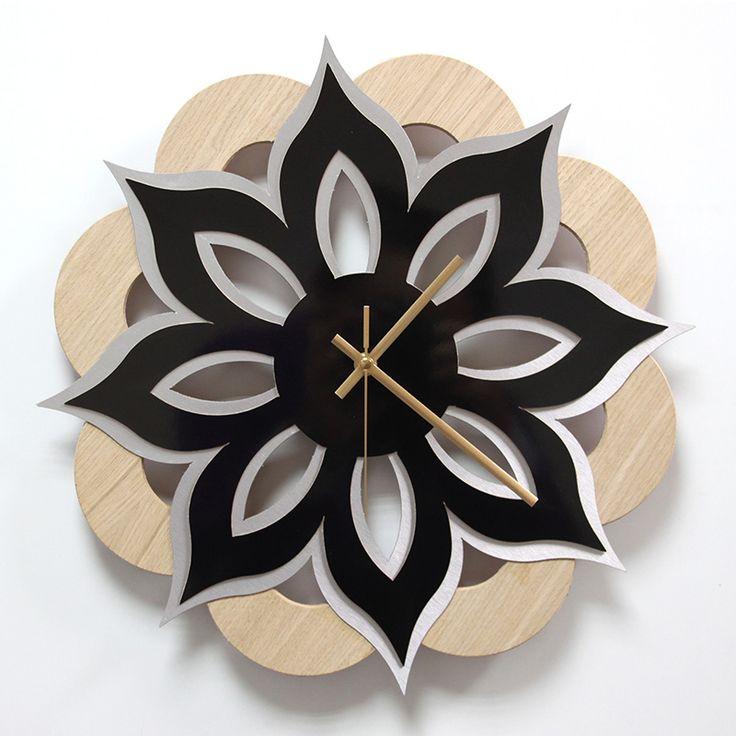 Reloj de pared madera laminada roble ,lamina decorativa negro brillo