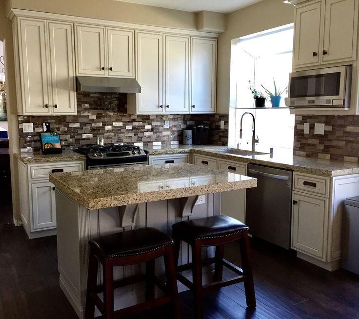 Off White Kitchen Cabinets With Light Floors: Best 25+ Dark Laminate Floors Ideas On Pinterest