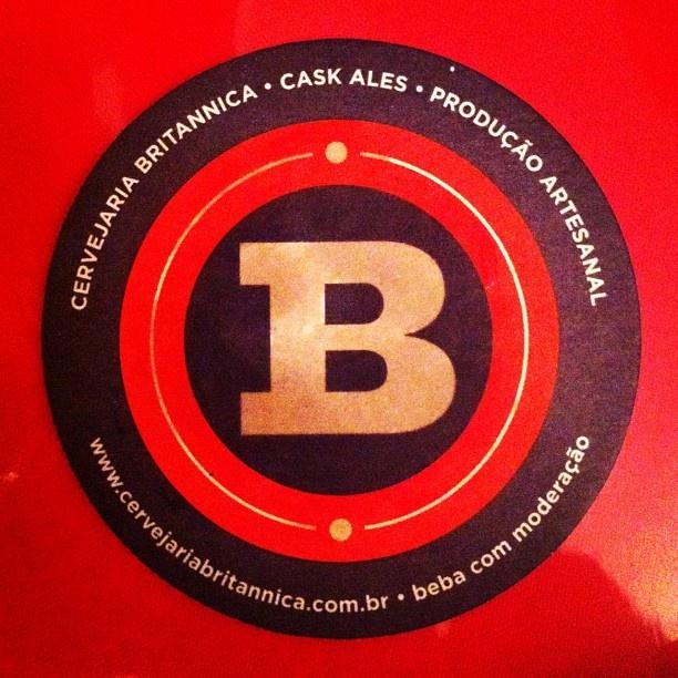 beer label design B red ale
