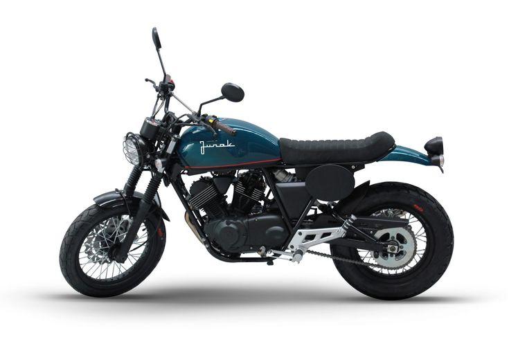 Junak pokazuje wybrane nowości na sezon 2016 - Junak: Motocykle, Motorowery, Skutery. Modele, nowości, promocje, wiadomości wideo.