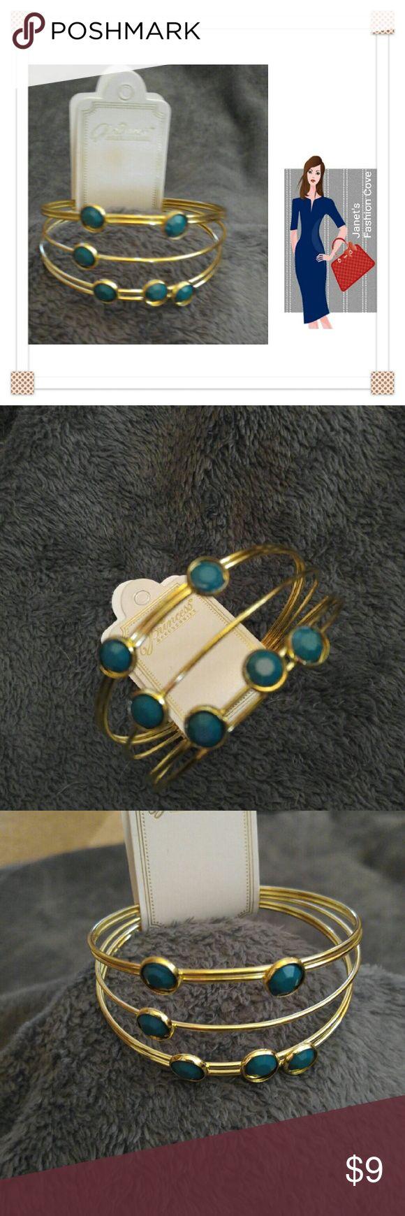 Layered Look Trendy Green & Gold Bracelet Very trendy layered look green gems and gold bracelet. Jewelry Bracelets