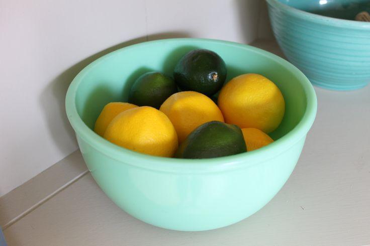 Jadeite Green Vintage Mixing Bowl, Mixer Bowl, Midcentury Mixing Bowl, Green Bowl, Fruit Bowl by TomatoFarmVintage on Etsy