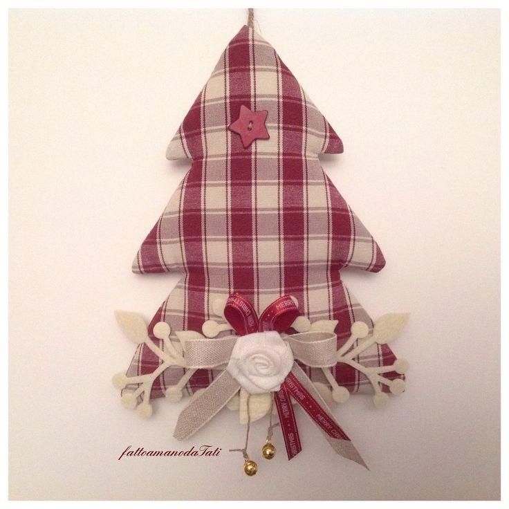 Albero decorato in cotone a quadri bordò, by fattoamanodaTati, 24,00 € su misshobby.com