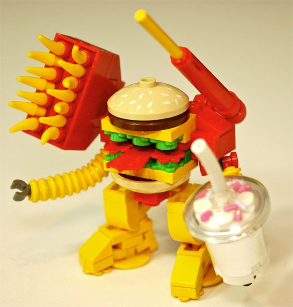 The Big MaK is a Custom LEGO Big Mac Fast Food Mech Warrior - Source http://www.flickr.com/photos/legocy/8133234612/in/photostream