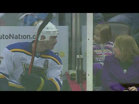 ONE OF THE CUTEST THINGS YOU WILL SEE IN HOCKEY....Love: Jackman Fights Iginla, Then Makes a Friend - YouTube