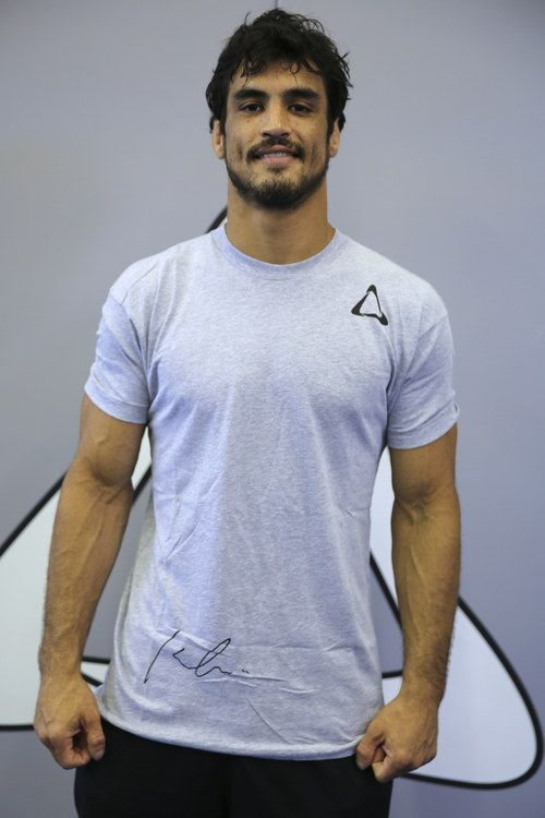 Meet Kron Gracie.