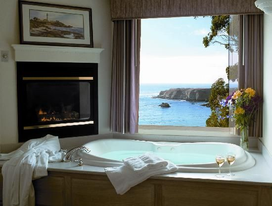 Fort Bragg, CA-this is where Chris and I stayed for our honeymoon omg omg omg the best ever-never had a honeymoon before!!!