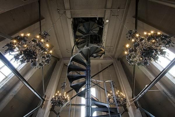 Best 22 Spiral Staircase Photographs Inspirations For Interior 400 x 300