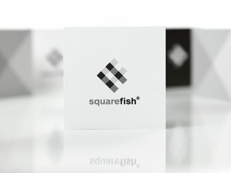 Squarefish logo   - mousegraphics.gr
