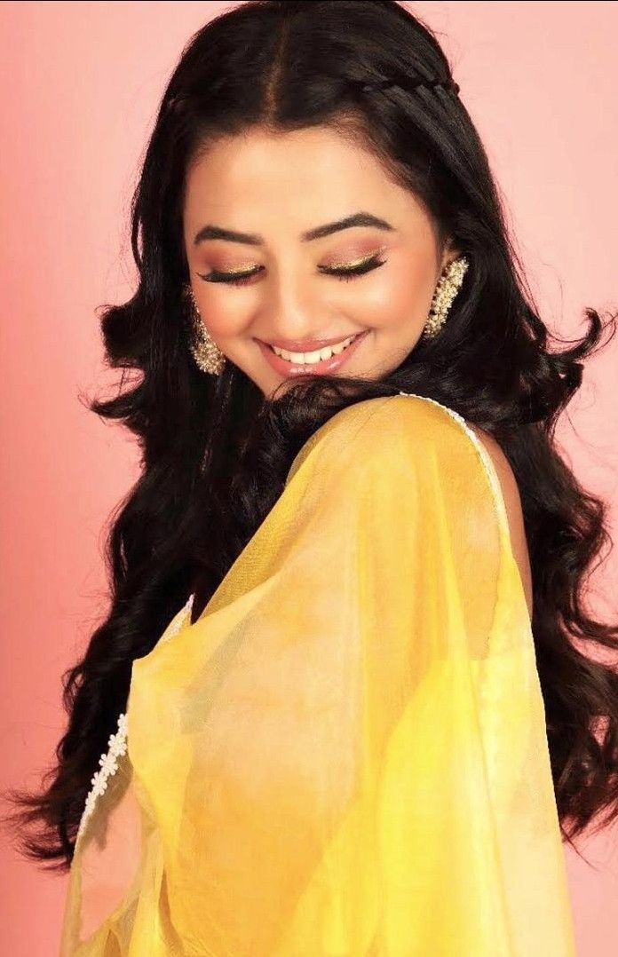 Pin By بنوته كشخه On Helly Shah هيلي شاه Helly Shah Beauty Indian Tv Actress