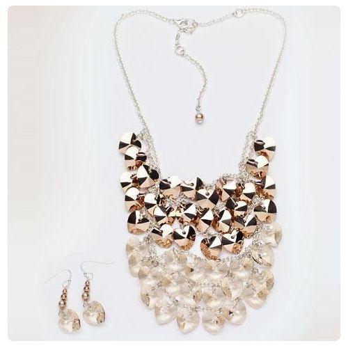 Nyaklánc és fülbevaló inspiráció Swarovski SZÍV medálokból #Rose #Gold és Light #Silk színekben.