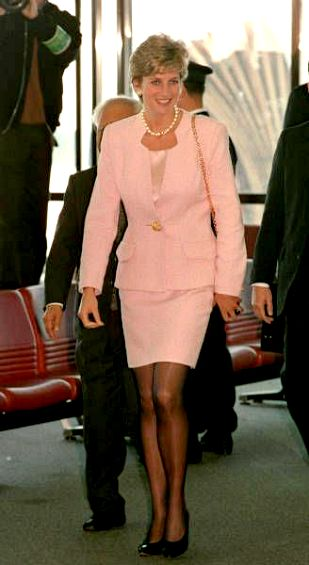 Princess Diana circa 1995.. Princess Diana also wore this 1995 at a lunch with Taylors... without the pearls. I think this is Diana, Princess Of Wales At The National Children's Hospital In Tokyo, Japan: 6th February 1995.