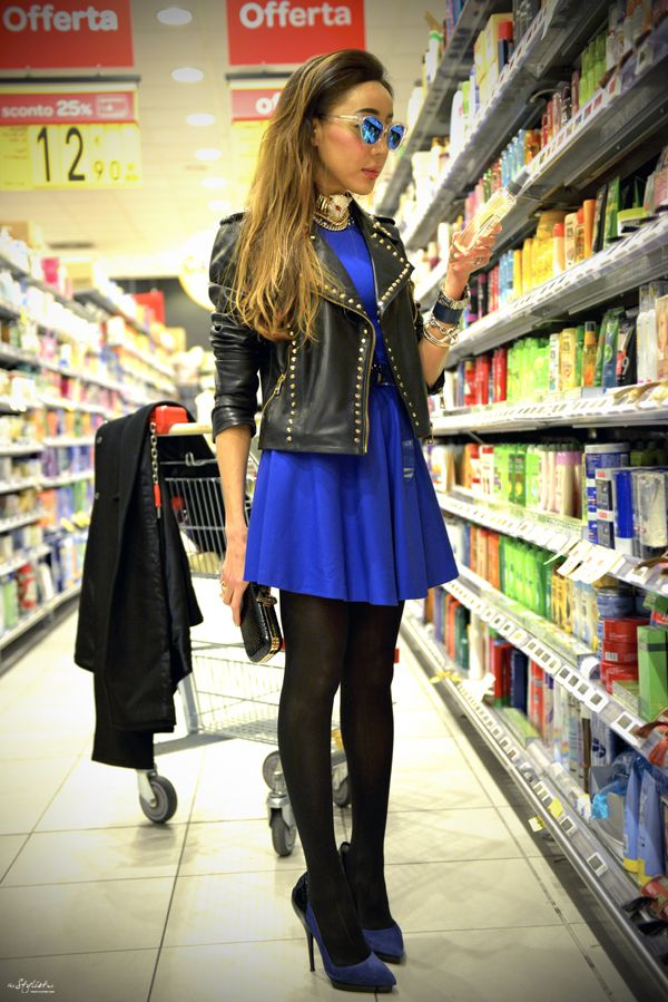 Well! What do you think about my Rock chic look? I'm in LOVE  with this electric blue flared mini dress with studs and also this studded biker jacket by Versus! It make me feel so good and always glamorous even in a supermarket. #loveit #thestylistme #rockchic #VersusVersace