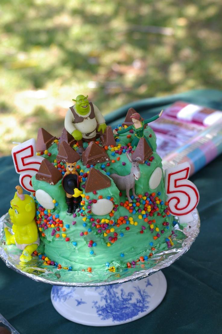 Shrek castle cake