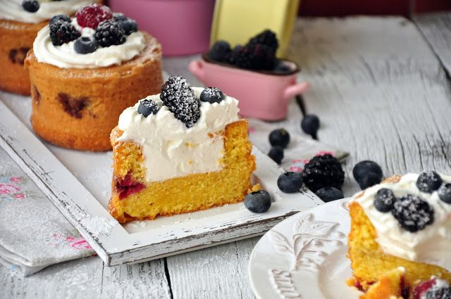 Summer cakes