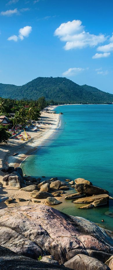 Koh Samui, Thailand. Lamai beach. http://www.kosamui.com/beaches/   http://www.vietnamtour.co.uk/ko-samui.html http://www.kosamui.com/lamai-beach/