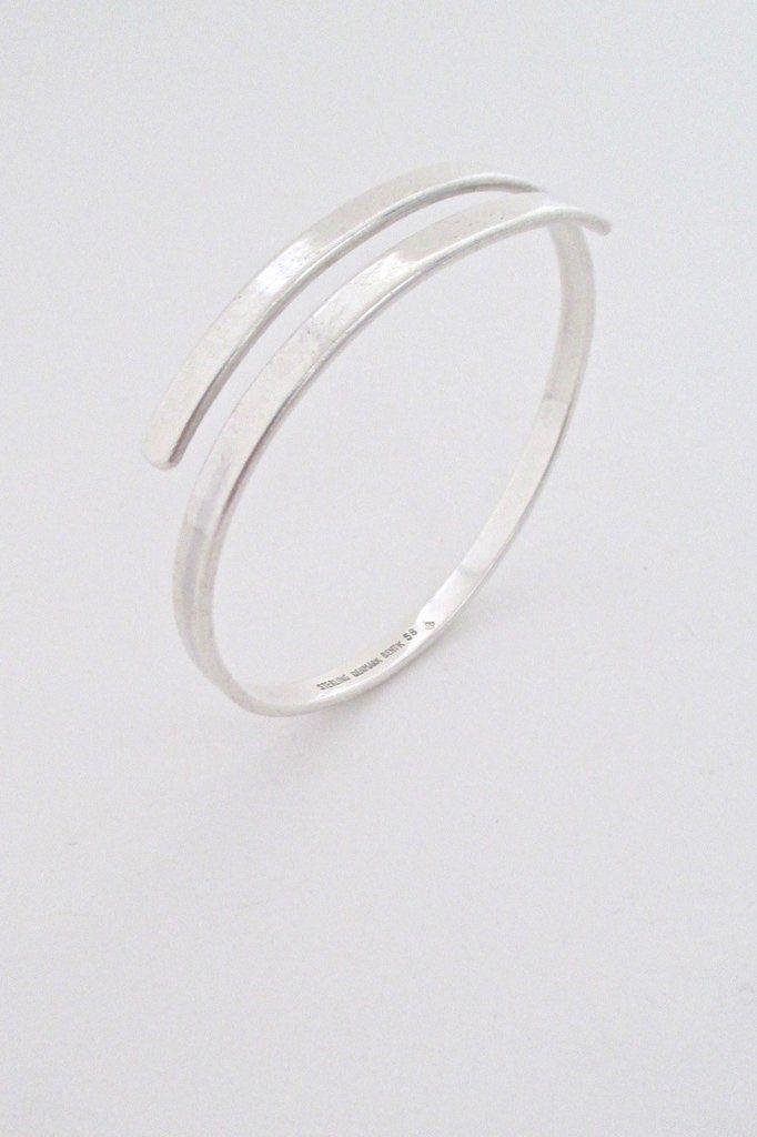 Bent Knudsen, Denmark - vintage modernist simple silver wrap bangle #bracelet #Denmark