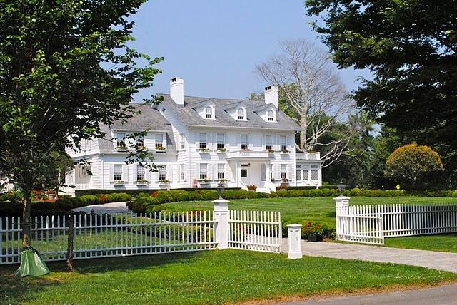 Breathtaking East Hamptons home
