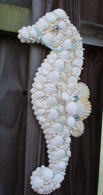Cavalo marinho de conchas