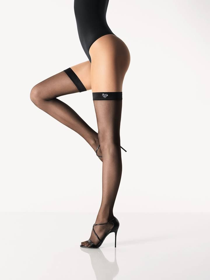 The Audrey tights by Wolford have Swarovski elements adorning the band. They are ideal for any special occasion.
