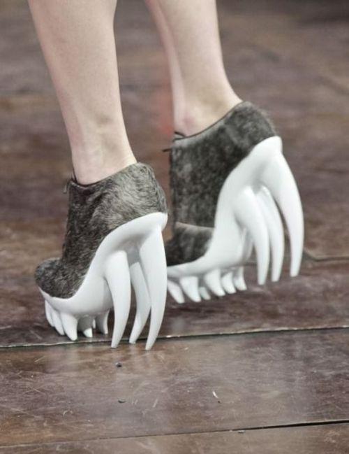 Zapatos monstruosos!!!!