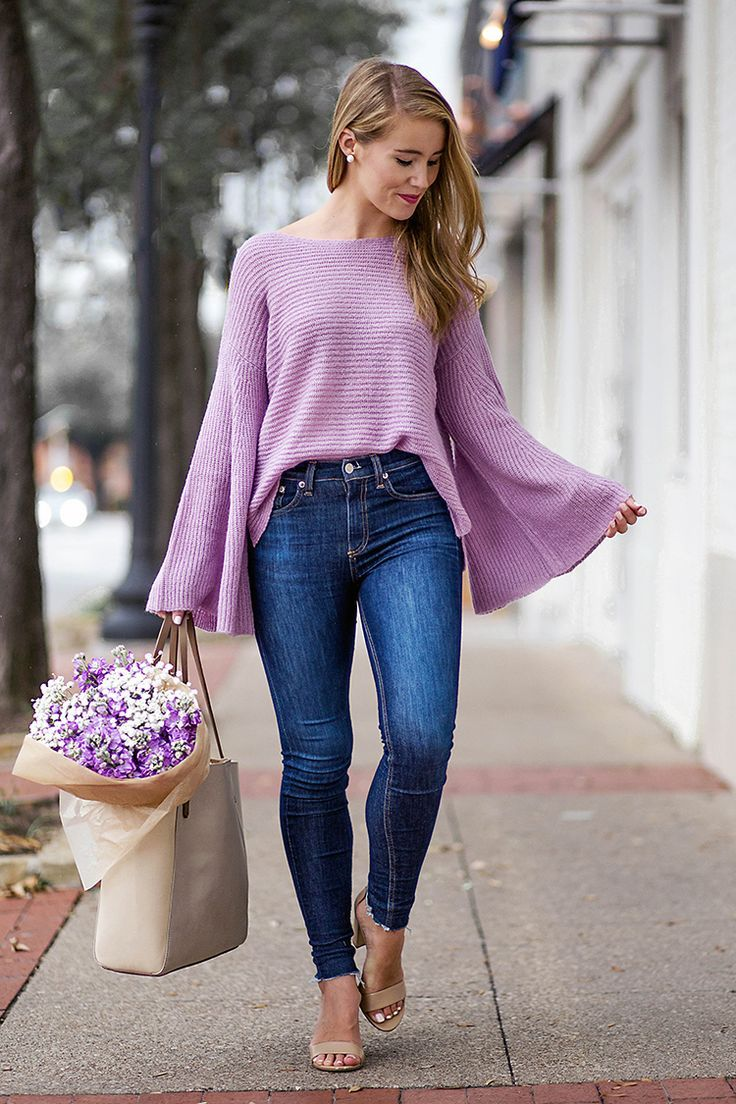 3 sweaters under $50 to buy now | purple flare sleeve sweater | how to style a flare sleeve sweater | how to wear a flare sleeve sweater | fall fashion | fall style | fashion for fall | style ideas for fall | cool weather fashion | fashion tips for fall || a lonestar state of southern