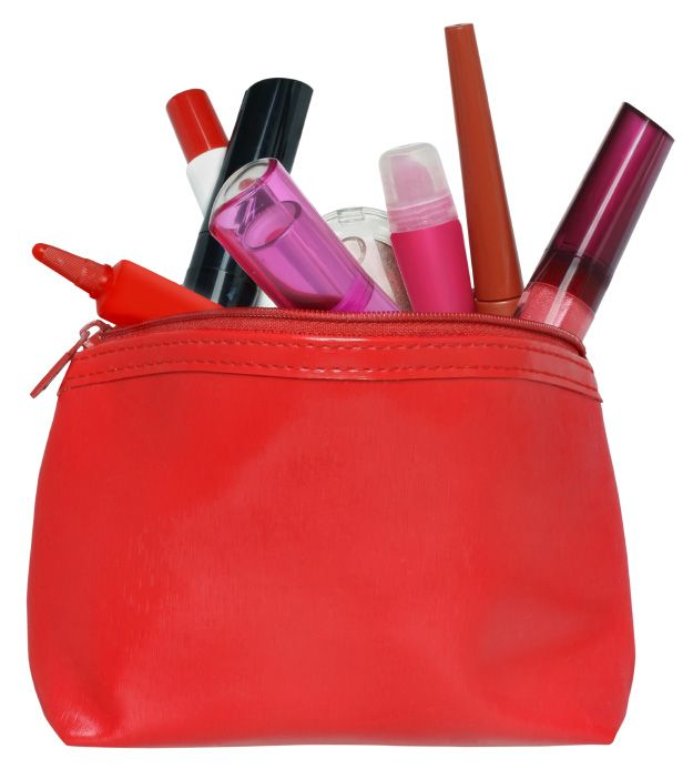 Top 4 Beauty Essentials For Your Book Bag