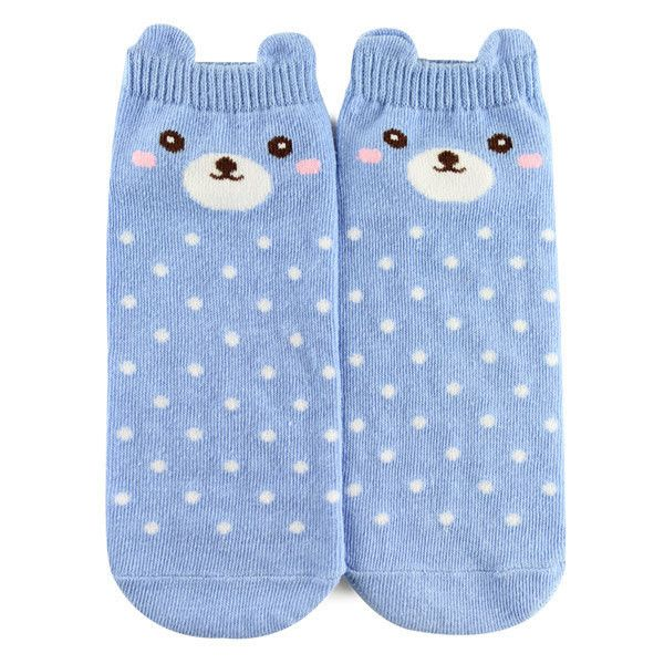 Forever21 Polka Dot Bear Ankle Socks ($1.90) ❤ liked on Polyvore featuring intimates, hosiery, socks, ankle socks, dot socks, forever 21, tennis socks and polka dot socks