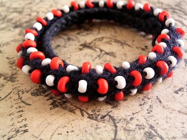 knitted jewelry or crocheted jewelry