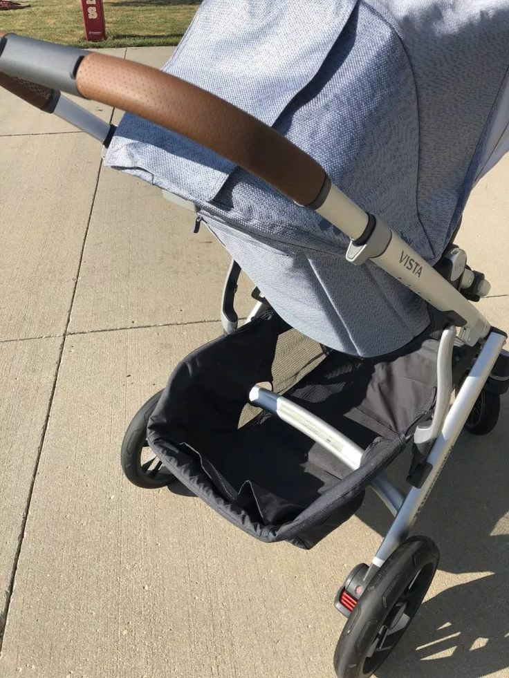 UPPAbaby VISTA Grows With Your Family Vista stroller