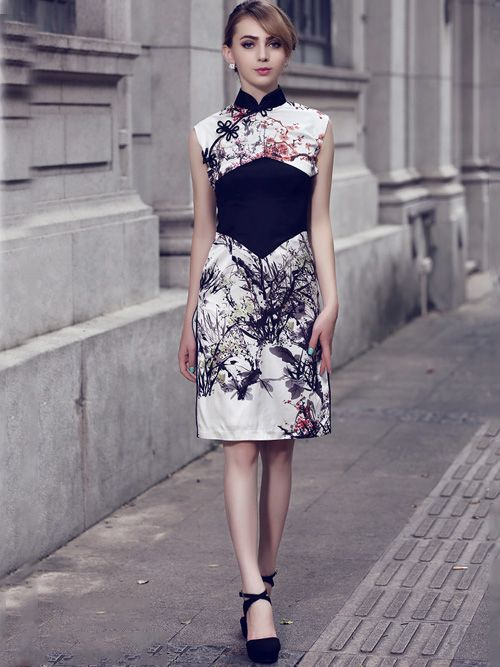Contrast Silk Qipao / Cheongsam Dress with Floral Pattern