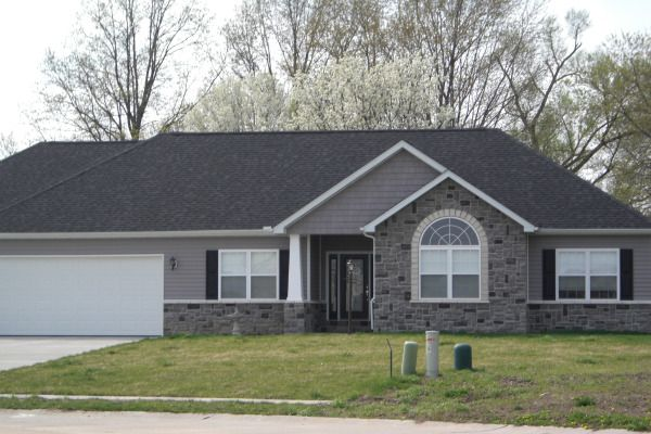 gray ranch style house | This home, located in Glen Carbon, is EXACTLY the color scheme we want ...