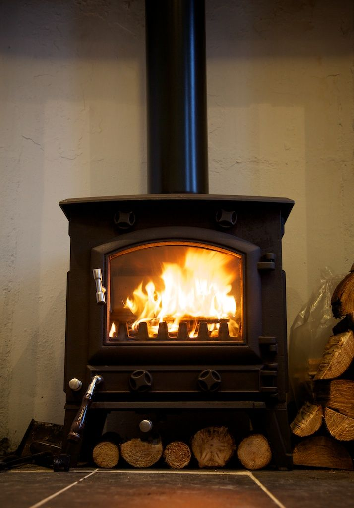 thinking we might want a wood burning stove instead of an FPL, the warmth  is incredible, really like how you can see a large fire with this one - 68 Best Images About Log Burning Stoves On Pinterest Border Oak
