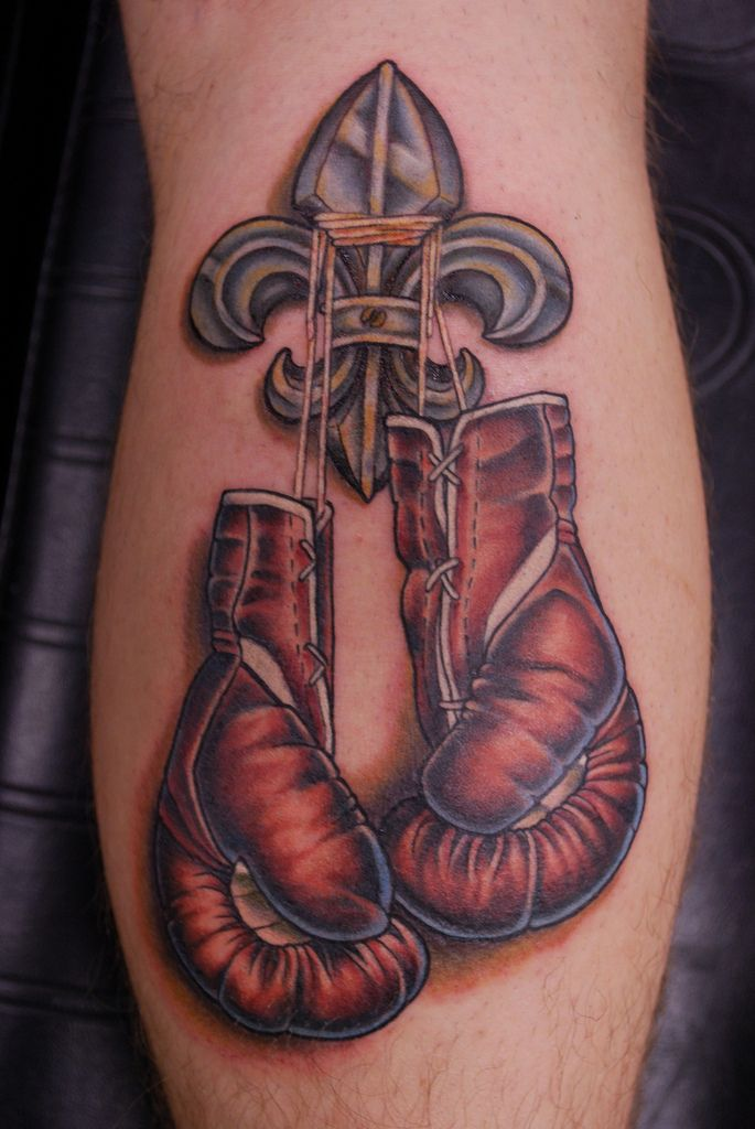 best 25 boxing gloves tattoo ideas on pinterest boxing tattoos boxer tattoo and boxing. Black Bedroom Furniture Sets. Home Design Ideas