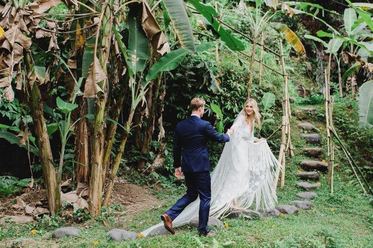 Chantel & Elliott's Bali Wedding / Photography by Teneil Kable / View Wedding on The LANE
