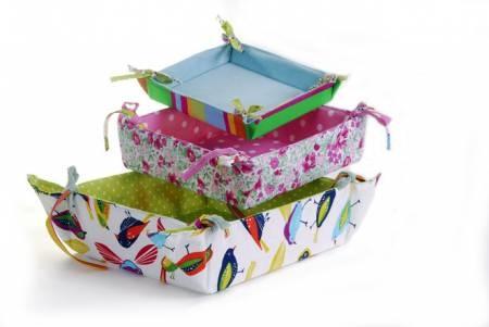 Cestos y canastas forradas en tela http://accesorios-casa.vivavisos.com.ar/accesorios-jardin+nunez/fabrica-productos-en-tela-para-el-hogar/48472511