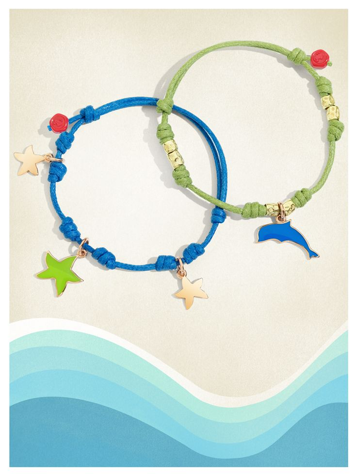 Refresh your Dodo bracelets: mix and match the colors of the enamel charms with the cords!