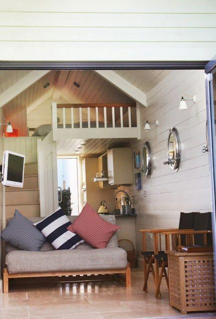 17 best images about summer house on pinterest beach for Beach hut style interiors
