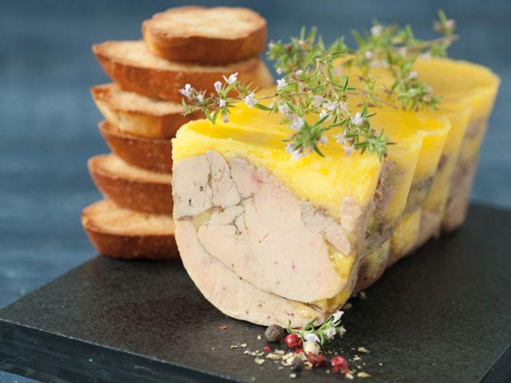 Avec les lectrices reporter de Femme Actuelle, découvrez les recettes de cuisine des internautes : Terrine de foie gras