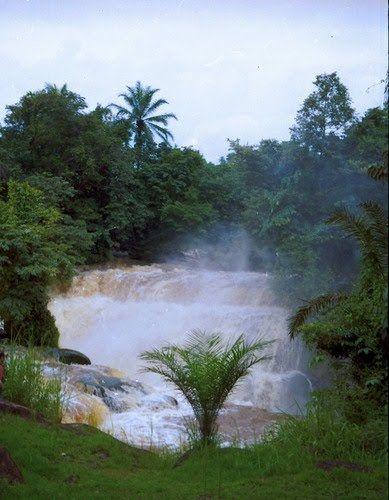 1973 - O Rio Zaire - em zona não navegável